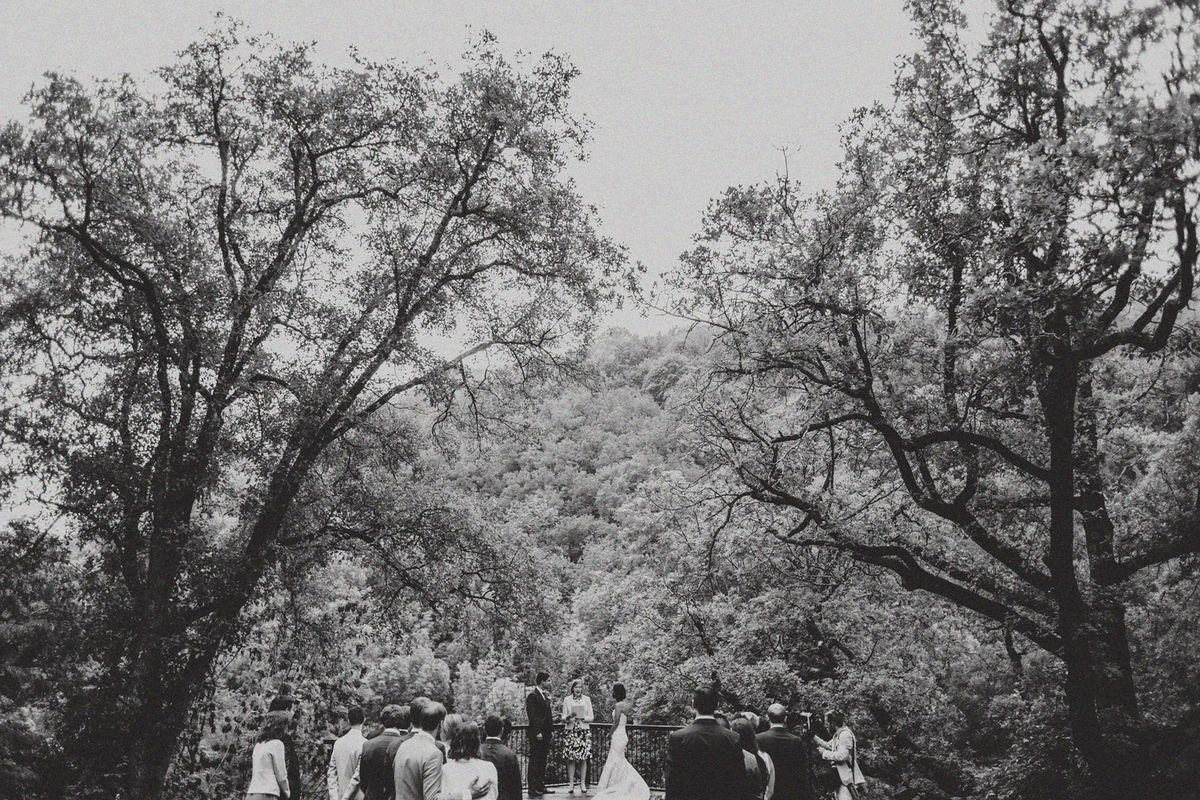 Mariage_LeFoulon_Paca_ceremonie_Pinewoodweddings_Photography_damouretdedeco